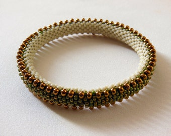 Bead Crochet Bangle: Double Drops