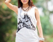 Giraffe Head Tank Top - Women t-shirt tank top Tunic Unisex Shirt Vest Women tee Sleeveless Singlet Men  White T-Shirt Size M L.