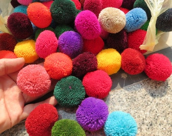 25,   2 inch Yarn Pom Poms  - beads, balls,flower, cotton, handmade, pompom, Mixed color,