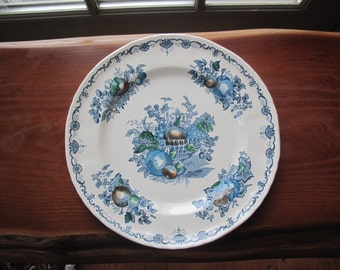 "Pair Mason's ""Fruit Basket"" 10"" Ironstone Luncheon Plates in Blue Multicolor"