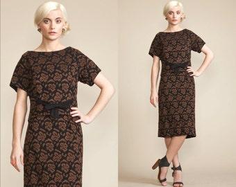Vintage 50s 60s matching 2 Piece Skirt Shirt Dress Set // Knit Print // Block Top