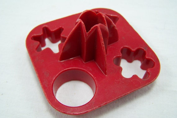 Vintage red tupperware canape cutters mini by for Mini canape cutters