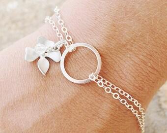 Sterling Silver Infinity Bracelet - Silver Flower Bracelet - Dogwood Flower - Flower Jewelry - Bridesmaid Jewelry - Bridesmaid Bracelet
