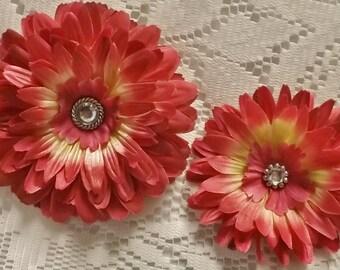 Hot Pink Daisy Flower Hair Clip, Hair Clip, Flower Clip, Pink Hair Clip, Flower Girl Hair Clip, Teen Hair Clip, Adult Hair Clip