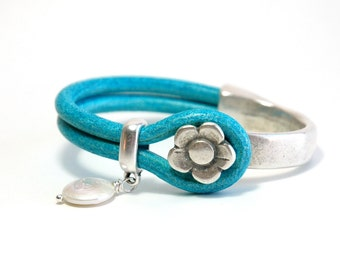 Leather bracelet, Cuff, Leather Bangle, Silver, Turquoise blue bracelet, Gift for her, Flower charm, Pearl, Silver jewelry