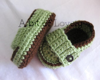 Baby Boy Shoes / Slippers / Booties - Dark Brown & Green - YOUR choice size - (newborn - 12 months) - photo prop - children