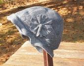 Bucket Hat in Dark Grey
