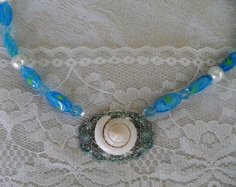 Sale On Summer Conch Shell and Filigree Necklace