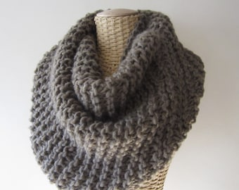 Hand Knit Soft Mobius Cowl - Mocha Cowl - Super Chunky Yarn - Womens Fashion Accessory