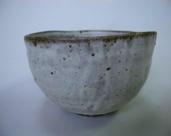 White slip bowl 3116, white slip, wood fired