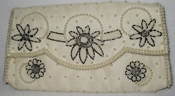 Bags By Dormar Vintage Dress Evening Bag Pearly Beaded Clutch Wallet Purse Made In Japan