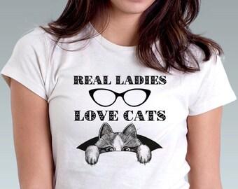 Real Ladies Love Cats T-Shirt FUNNY Cat Ladies Shirt Kitten Art Print Women T-Shirt Cat Lover Gift