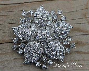 20% OFF Flower Brooch with Clear Rhinestones