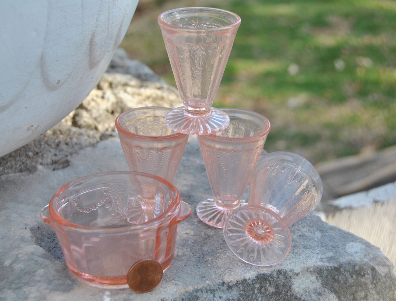 Beautiful Pink Miniature Mosser Glass Jennifer Glass Set Of 5