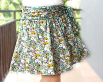 Mini Skirt, Green and Yellow Floral Rayon with Sash Belt