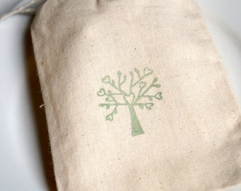 10 x Love Grows Here  - muslin bags - 4 x 6 inches - wedding, engagement, party