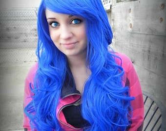 Blue Frost / Blue / Long Curly Layered Wig