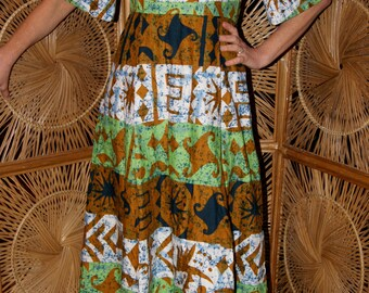 "Collectible 1960's ""Hawaii Nei Honolulu"" Hawaiian dress / muu muu"