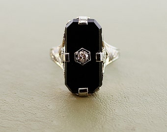 Antique 14k Gold Black Onyx and Diamond Ring
