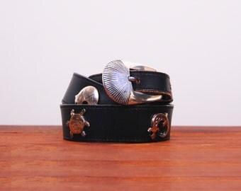 Vintage black leather belt / Engraved animal large buckle belt.