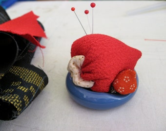 Pin Cushion with Japanese Kimono Fabric and  chopstick  stand, Strawberry, #3