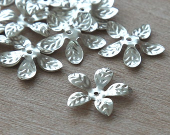 40 pcs Bead Caps, Silver Finished, 15mm Leaves - eBCR023-ST