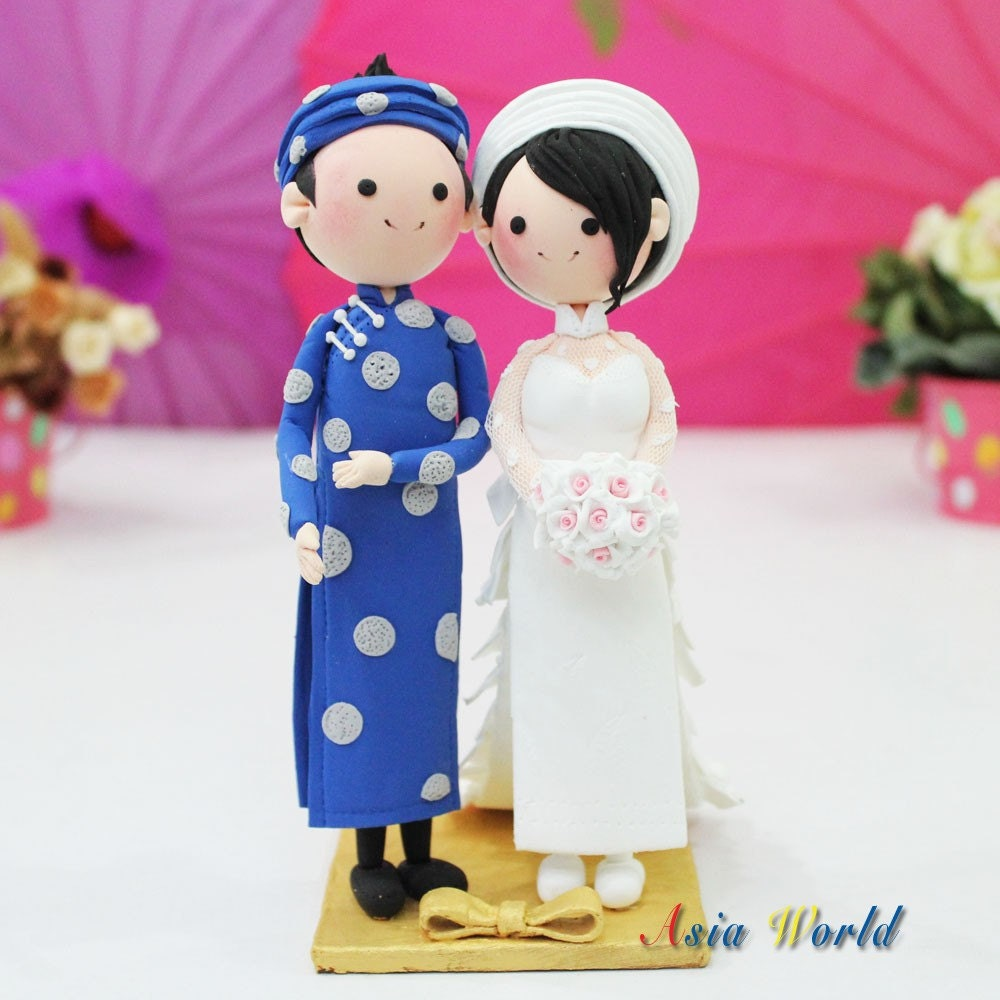 Wedding Gift Ideas For Vietnamese Couple : Vietnam Traditional beautiful Ao Dai Wedding cake topper clay