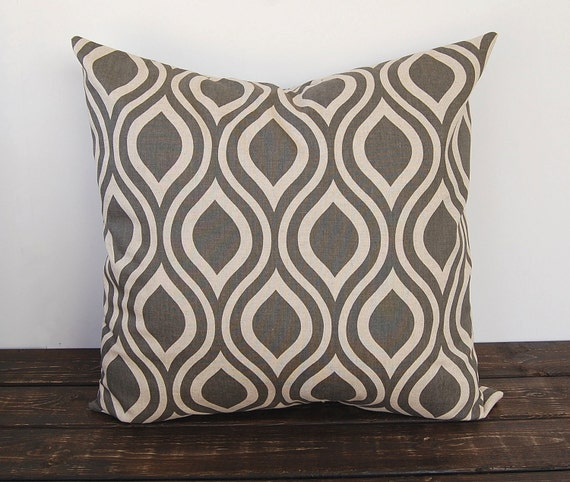 Modern Pillow Covers Etsy : Items similar to Gray Pillow cover 16