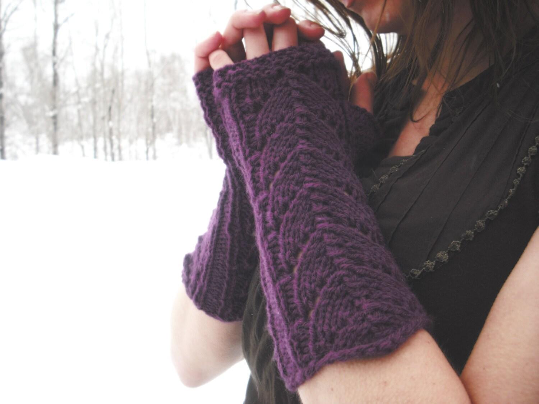 Knitting Pattern Lace Fingerless Gloves : Fingerless Gloves Knit Fingerless Gloves Lace Fingerless
