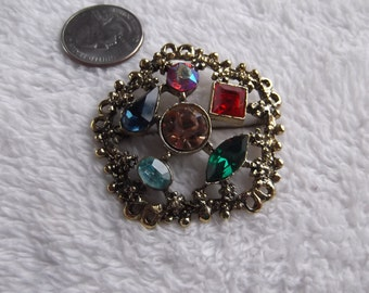 Vtg Pin-Goldtoned  Rhinestone Designed-P2167