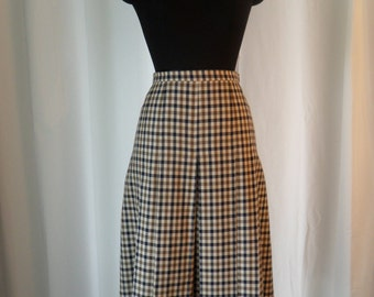 60s vintage Aquascutum iconic  Classic Club Check 100% wool pleated skirt/kilt  in bone, kahki and navy: UK size 14/ US 12-14 large