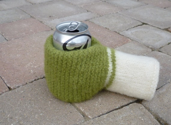 PATTERN Felted Beer Mitten Knitting Pattern by lillandsissel
