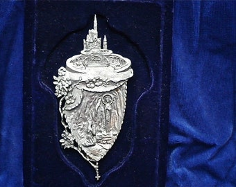 Vintage Religious Image, Pewter on velvet  - Early 20th century Virgin Mary - Pewter Mary Mother-of-God