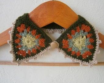 Crochet Collar Necklace Granny Square in Green, Brick, Biege