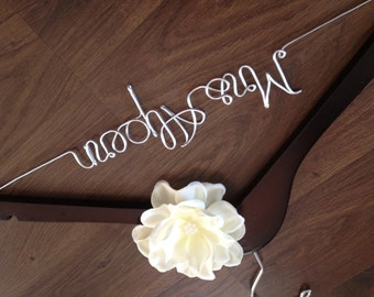 Wedding Dress Hanger, Bride Hanger, Bridal Hanger, Personalized Hanger, Wedding Hanger, Custom Mrs Hanger, Bridesmaids, Gift