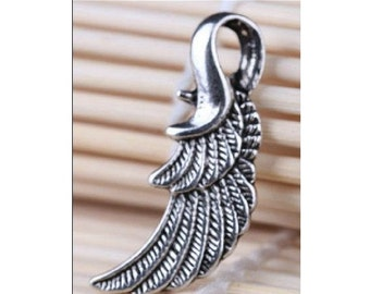 8 Lovely Detailed Larger ANGEL WING Pendants Large Loop Wings Jewelry Antique Silver Tone Alloy 32x16