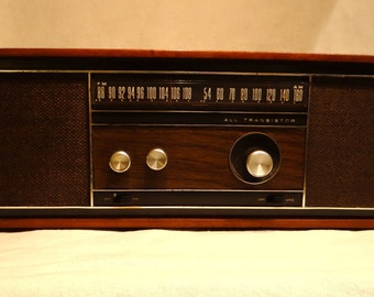 Vintage Philco Radio, transistor radio, tabletop radio