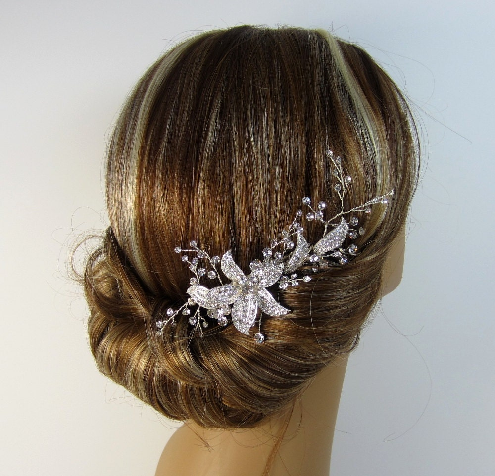Silver hair comb crystal rhinestone flower bridal flower for Where to buy wedding accessories