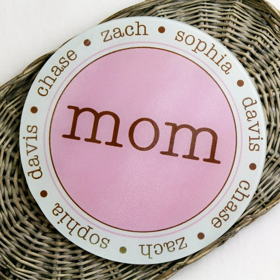 Personalized Round Glass Cutting Board Mom Grandma with Children Names