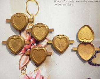 6 Vintage Brass 21mm Heart Lockets with Connectors