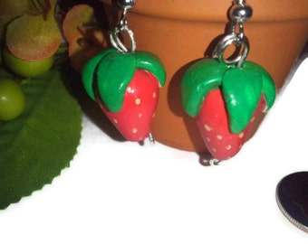 Strawberry Earrings, Polymer Clay Strawberries, Polymer clay charms, strawberry dangles, food jewelry, fruit, strawberry accessories, girly