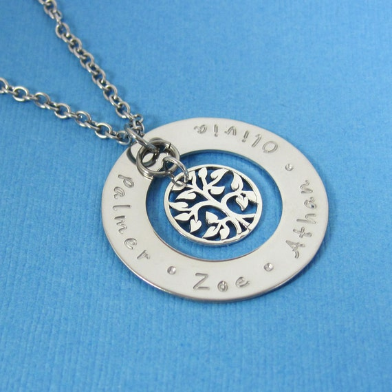 Tree of Life Personalized Name Necklace  - Custom Name Mommy Necklace Mother's Day Gift