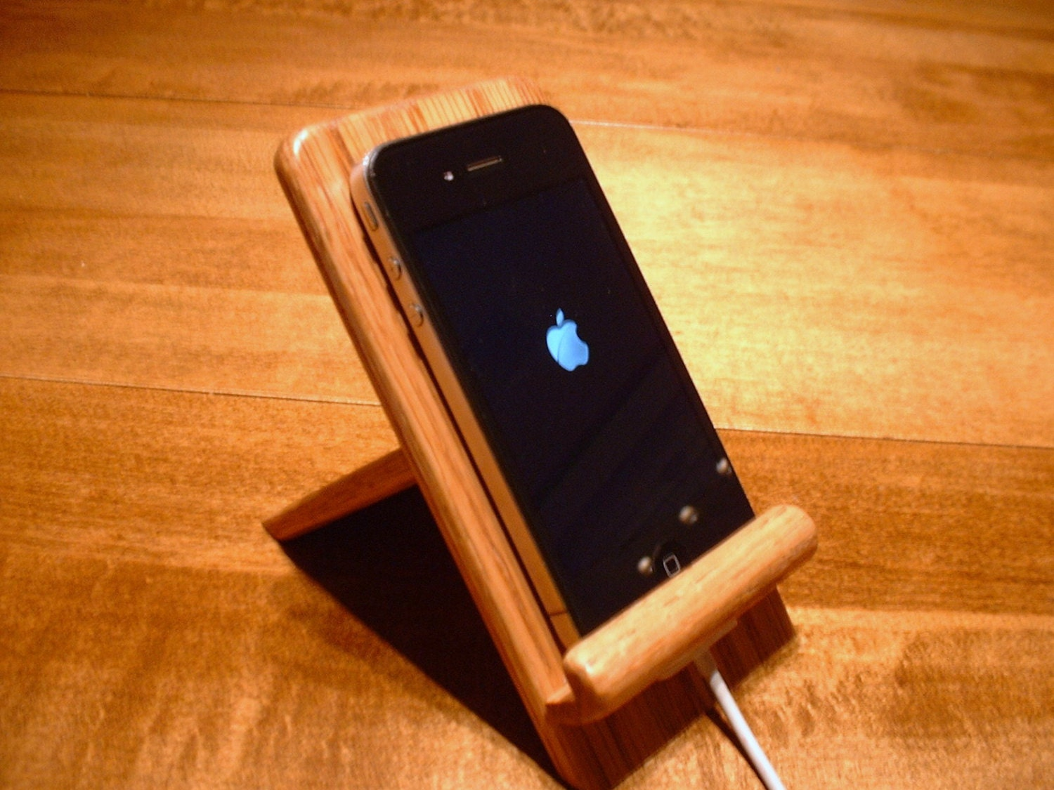 Iphone And Ipod Touch Holder Stand With Docking Option Oak
