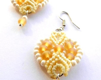 Elegant cream Ivory macrame earrings