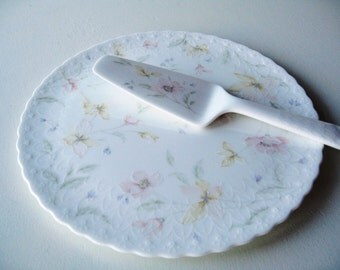 Cake Plate and Server, Dessert Plate, Mikasa Bone China Plate with Server