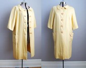 Vintage 1960s Swing Coat Yellow Linen Large Buttons Pockets / Large