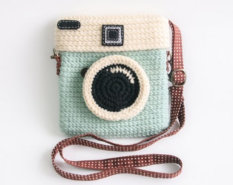 Crochet Lomo Camera Purse/ Pastel Mint Color