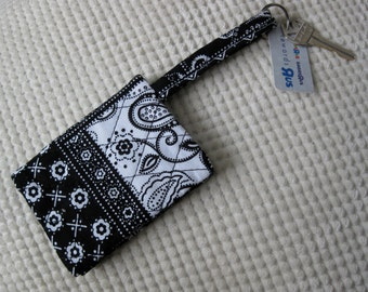quilted fabric wallet/gift card holder/credit card organizer/business card case in black and white bandana print