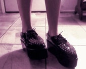 spiked creepers