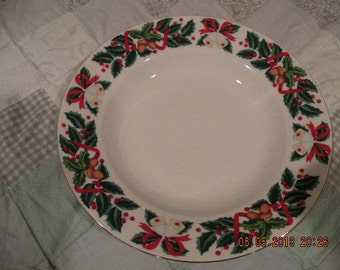 Holiday Soup or Salad Bowls Set of 4